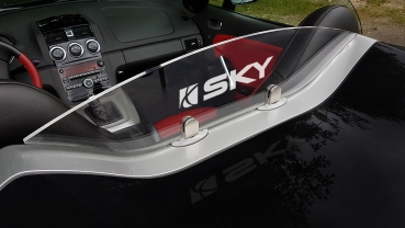 Wind deflector - special edition for Saturn Sky, replaces GM windstopper